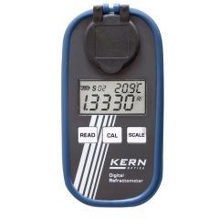 Преносим цифров рефрактометър Kern ORM 50BM, за универсална употреба